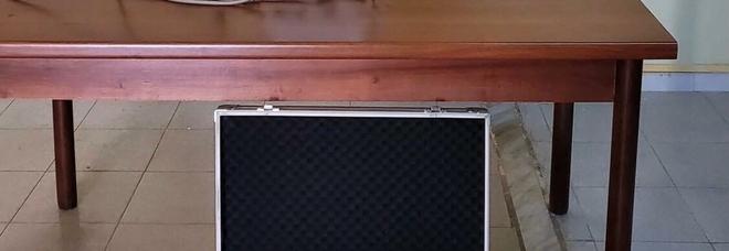 Rubano ecografo portatile: ritrovato dai carabinieri