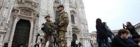 È allarme sicurezza a Milano, De Corato: «Deve tornare l'Esercito»
