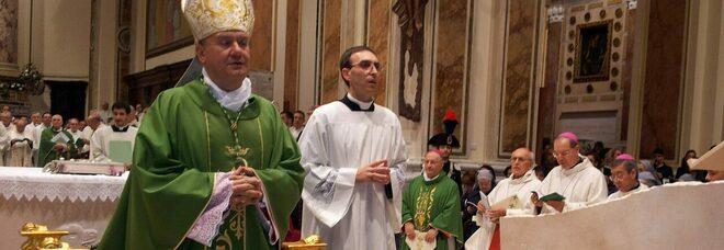 Impianto per i rifiuti liquidi ad Acerra, il vescovo scrive alla Regione: «Accanimento sul nostro territorio»