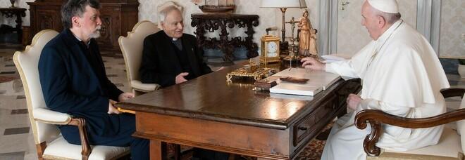 Papa Francesco scarica Enzo Bianchi e invia una lettera a tutti i monaci di Bose: «Non fatevi intimidire»