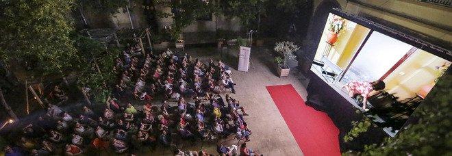 Napoli, torna il festival del cinema spagnolo e latinoamericano: apre Pedro Almodóvar