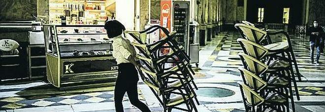 Napoli zona rossa, il lockdown brucia 150 milioni di euro al giorno