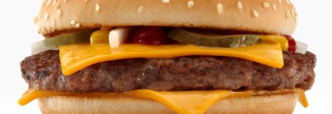 McDonald's si rifà il look, e nel Mc Royal Delux arriva il manzo non surgelato