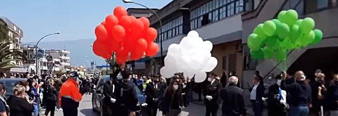 Coronavirus Napoli, De Luca mette in quarantena Saviano, il paese del funerale-show