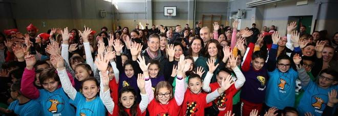 Dispersione scolastica ridotta e media voti raddoppiata nelle scuole della periferia napoletana