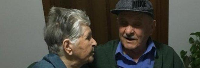 Dino stroncato dal Covid in ospedale: la moglie, positiva, si lascia morire