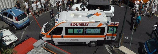 Incidente del bus a Capri, migliorano le condizioni dei feriti ma uno potrebbe essere operato