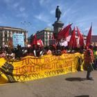 Napoli, il corteo degli immigrati: migliaia in piazza: «Stop Salvini»