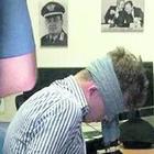 Foto rubata, carabinieri nel mirino: indagato chi ha messo la benda