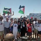 La Freedom Flotilla sbarca a Napoli: «Insieme per i diritti umani»