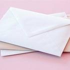 Trovano lettere d'amore dei genitori morti: senza parole dopo averle lette