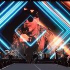 Vasco Rossi apre la stagione dei concerti a San Siro. Fan in tenda da giorni, «è il nostro pellegrinaggio laico»