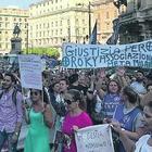 Animalisti in piazza per il pitbull ucciso: insorgono i poliziotti di Napoli