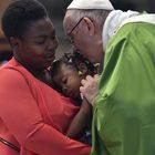 Il Papa: fronte comune contro la tratta degli schiavi