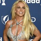 Britney Spears annulla il suo tour: in pausa dalla musica per stare vicina al papà malato