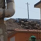 Esplode bombola di gas esposta al sole: distrutto tetto abitazione