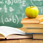 L'accusa M5S: «Borsa di studio negata per 12mila ragazzi campani»