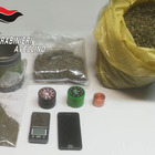Un chilo e mezzo di marijuana in casa, arrestato un incensurato