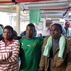 Migranti, M5S attacca de Magistris: «Ingerenza gratuita su Sea Watch»