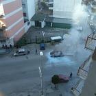 Auto con impianto gpl in fiamme  nel Napoletano: panico tra i residenti