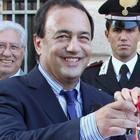 «Il sindaco di Riace organizzava  nozze di convenienza con stranieri»