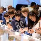 La dipendenza da smartphone è una malattia: i giovani affetti dalla «nomofobia»