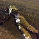Migrante frantuma i vetri delle auto: massacrato di botte nel Napoletano