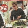 Riccardo Scamarcio al mercato