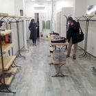 Ladri nella boutique a Salerno, razzia di abiti e borse