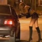 A 85 anni va a prostitute ogni sera: mille euro di multa per il «nonno» delle lucciole
