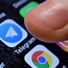 Smartphone, vendite in forte calo: gli utenti aspettano 2,83 anni per cambiarlo