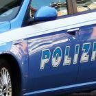 Cocaina negli slip: pusher arrestato dalla polizia