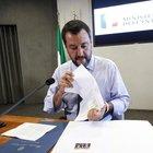 Salvini «papà di 60 milioni di italiani», l'uscita scatena l'ironia social