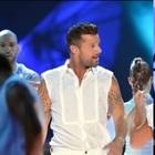 Ricky Martin a Loredana Bertè: «Sono omosessuale, so cos'è bullismo»