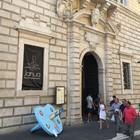 Benevento, vandalizzato il ciucciotto simbolo della BeneBiennale