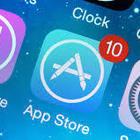 Apple contro gli screenshot illegali: «Fuori da App Store chi non si adegua»