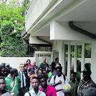 Migranti protestano per il pocket money