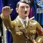 Hitler sul presepe, Comune Napoli: «Via da San Gregorio Armeno» L'artigiano: lavoro su commissione