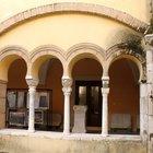 Perde il cellulare durante un furto al museo del Sannio: arrestato