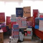 Napoli, fermato contrabbandiere:  in casa 84 chili di sigarette