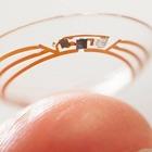 Google e la sfida delle lenti a contatto intelligenti: «L'obiettivo era quello di analizzare il sangue dalle lacrime. Ma...»