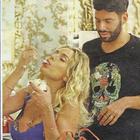 Valeria Marini, crisi di fame dal parrucchiere: divora un gelato mentre fa la piega
