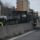 «Aiuto papà, l'autista dice che farà una strage»: le telefonate dei bimbi a bordo del bus