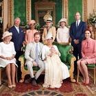 Meghan Markle, l'omaggio a Lady Diana nella foto del battesimo di Archie: «L'ha voluto Harry»