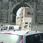 Arco di Traiano, nodo sicurezza: prende quota l'ipotesi recinzione