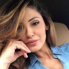 Anna Tatangelo: «X Factor? Ci tornerei. Io assediata dai paparazzi, ma sto male per loro»