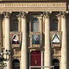 Papa proclama 5 nuovi santi: «Troppo attaccati ai soldi e ai vizi»
