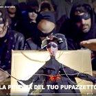 Zorro-Salvini, l'ironia corre in rete: ecco il video dei centri sociali
