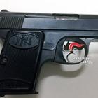 Scovato con una pistola in casa, 77enne arrestato a Napoli