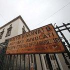 Maxi truffa con 2.800 falsi incidenti: arrestati 18 avvocati a Napoli